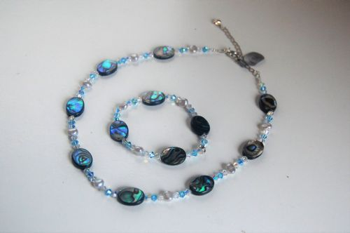 Paua Shell, Freshwater Pearl & Swarovski Crystal Necklace & Bracelet PNB10  WAS £60